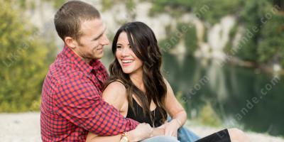 Dating Polyamorous flicka
